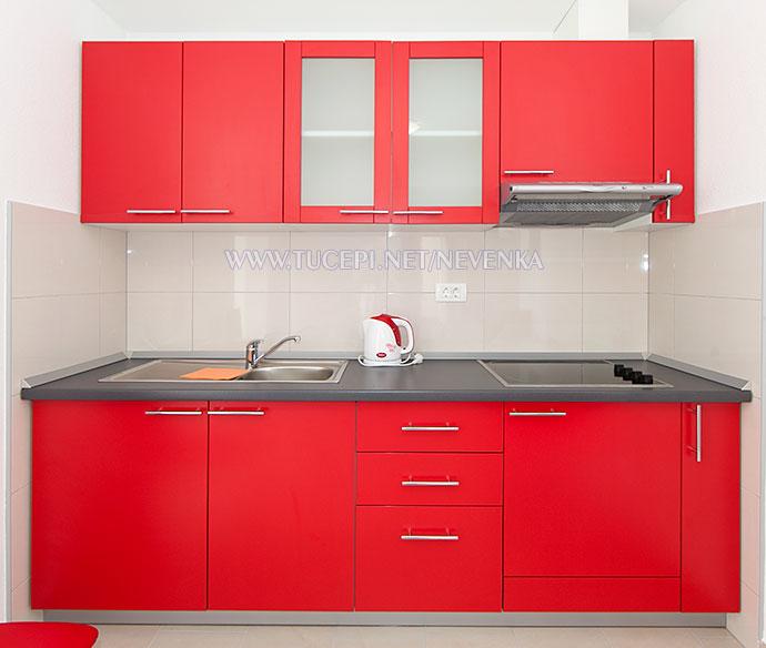 Tučepi, apartments Nevenka - kitchen, all new equipment
