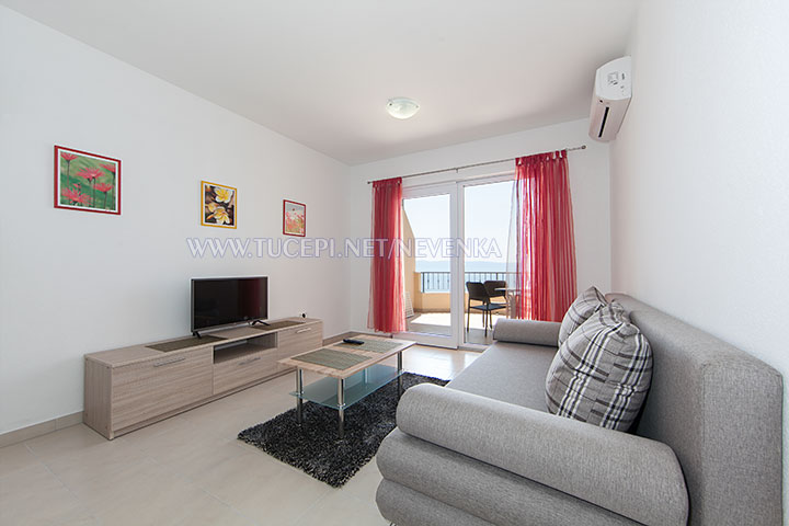 Tučepi, apartments Nevenka - living room