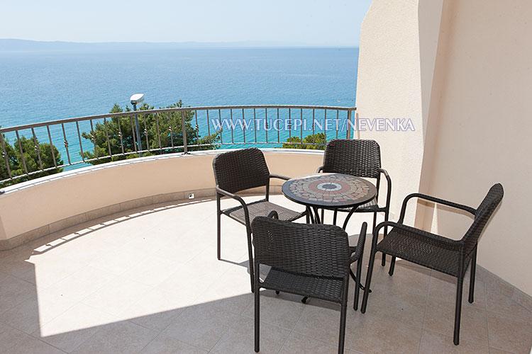 Tučepi, apartments Nevenka - beautiful sea sight from balcony