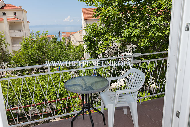 balcony with sea view, apartments Nikola, Tučepi
