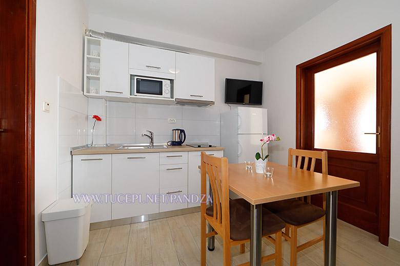 apartments Pandža, Tučepi - dining room