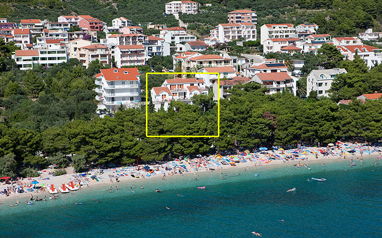 Tučepi beach from air