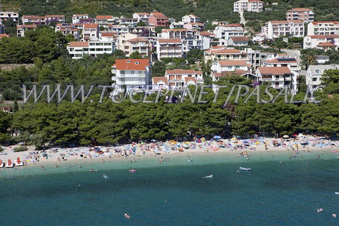 Apartments Pašalić - Tučepi beach aerial view