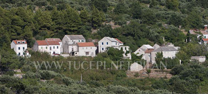 Tučepi - old village