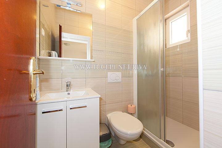 Tučepi, apartments Marija - bathroom