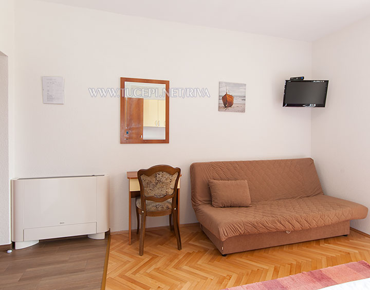 Tučepi, apartments Marija - sofa, A/C, TV