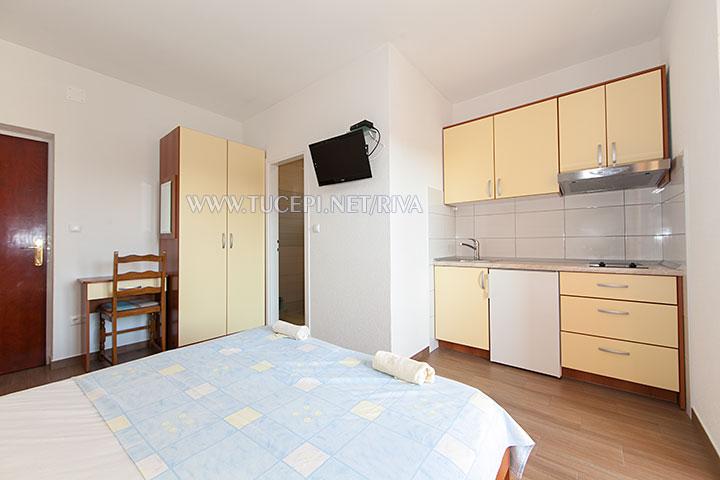 Tučepi, apartments Marija - kitchen