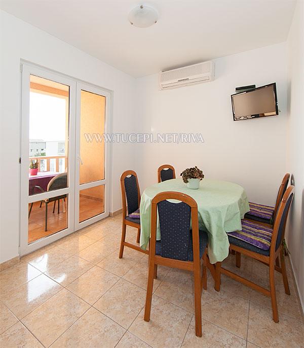 Tučepi, apartments Marija - dining room