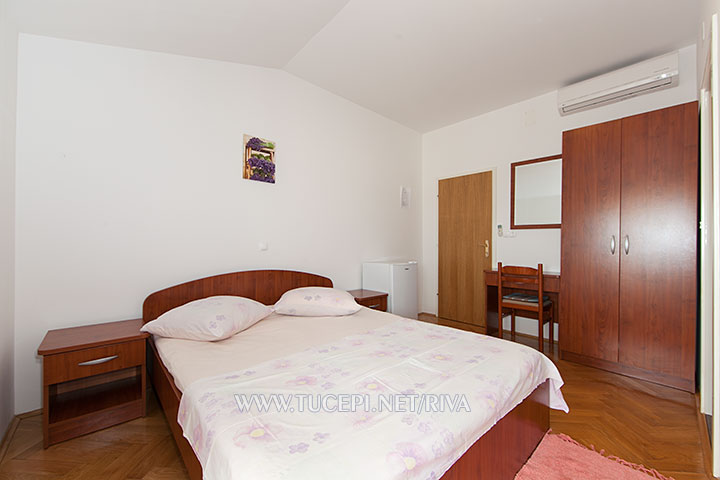 Tučepi, apartments Marija - bedroom