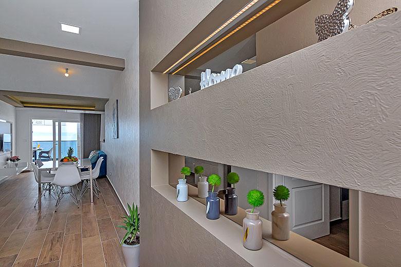 apartments Riva, Tučepi - hall