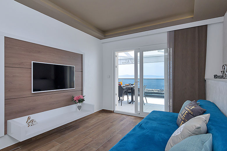 apartments Riva, Tučepi - living room