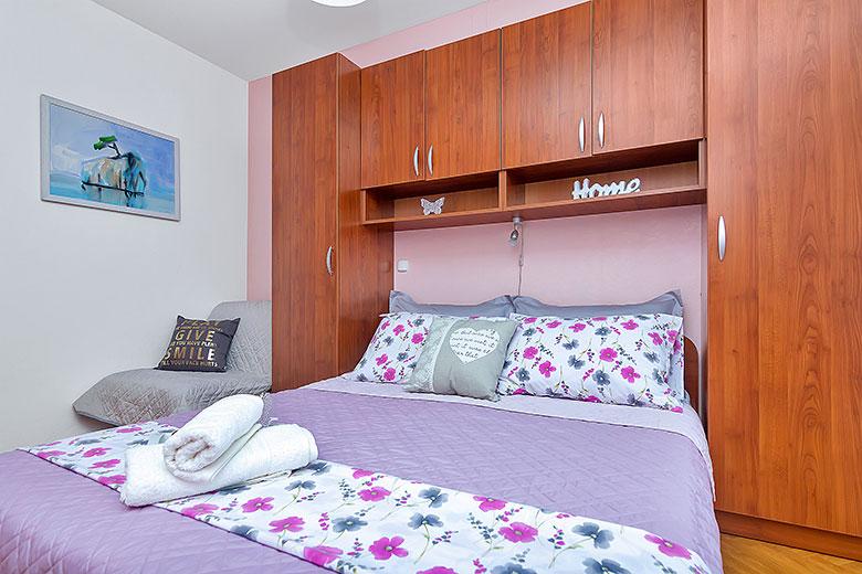apartments Riva, Tučepi - bedroom