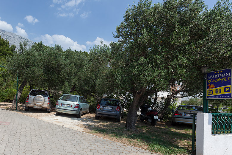 apartments Rosemarie, Tučepi - parking