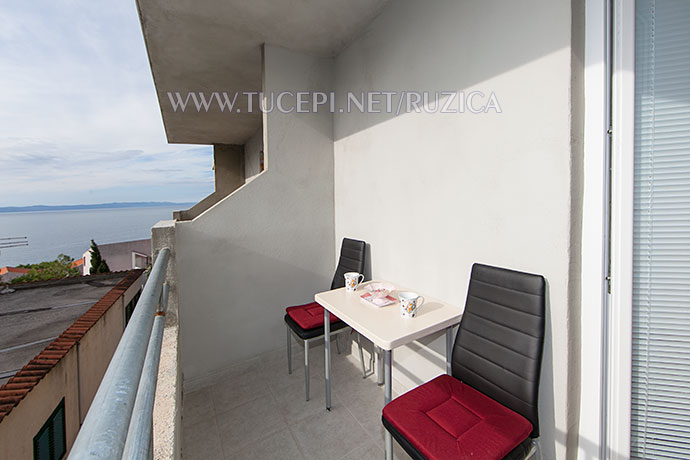 balcony with sea view - Balkon mit Meerblick in Tučepi