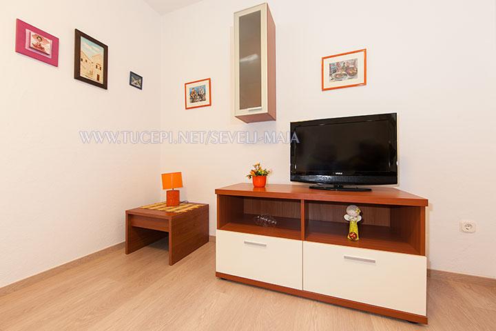 tv - apartments Maja Ševelj, Tučepi