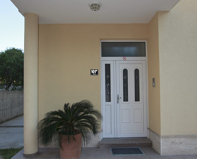entrance in house