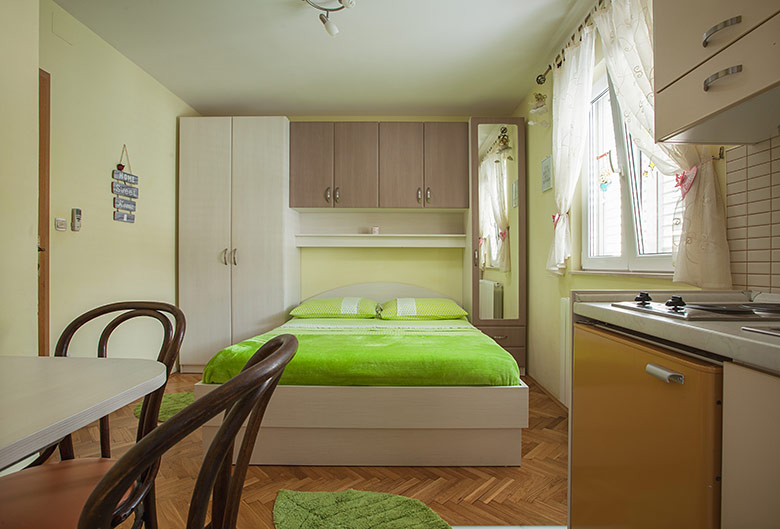 Apartments Šimić, Tučepi - bedroom