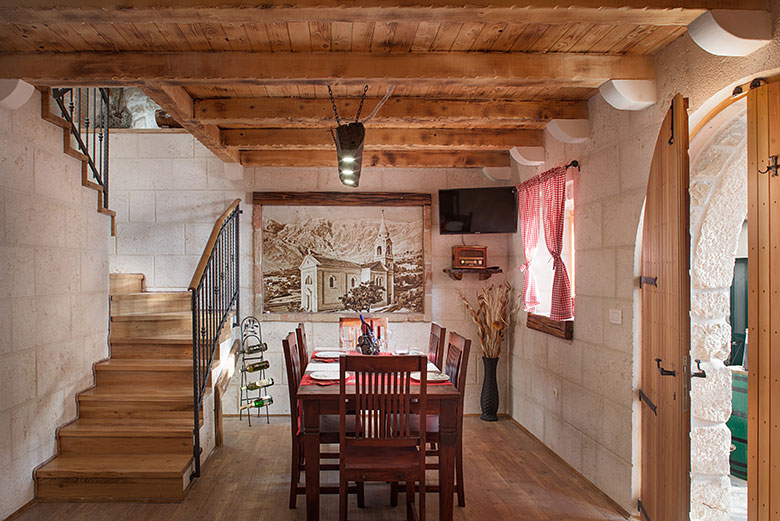 Villa Stina, Tučepi - dining room