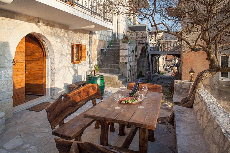 Villa Stina, Tučepi - outdoor table
