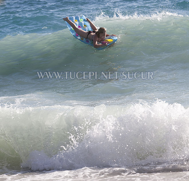 big waves but not dangerous