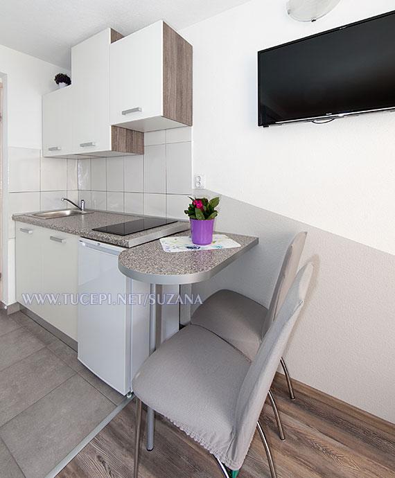 apartments Suzana, Tučepi - dining room