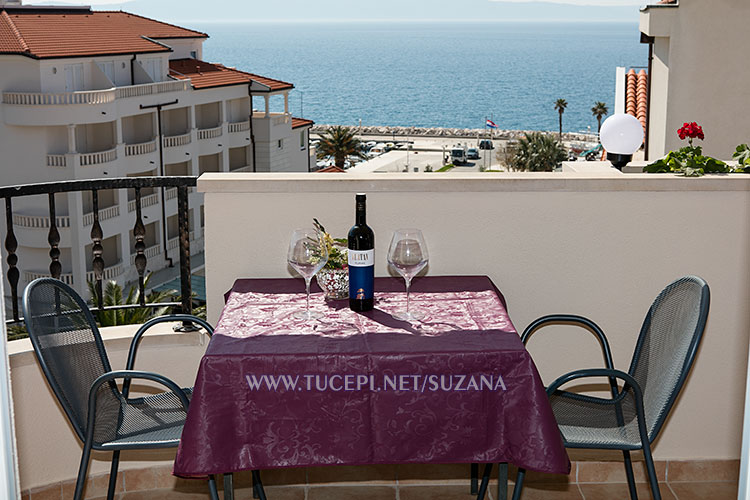 apartments Suzana, Tučepi - balcony with sea view