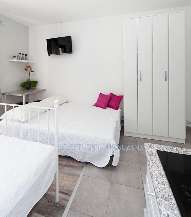 apartments Suzana, Tučepi - bedroom