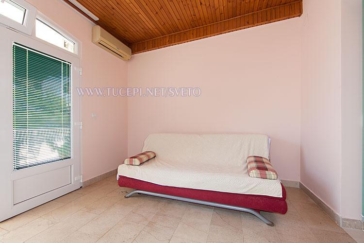 apartments Sveto, Tučepi - sofa