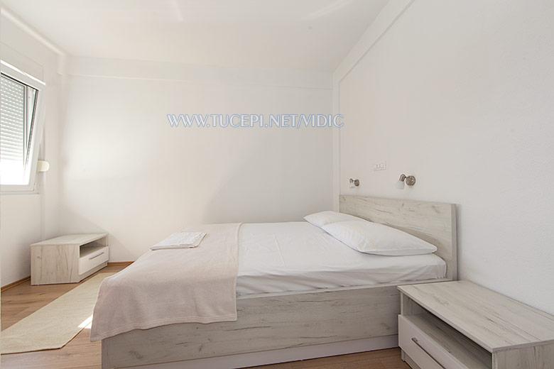 apartments Vidić, Tučepi - bedroom