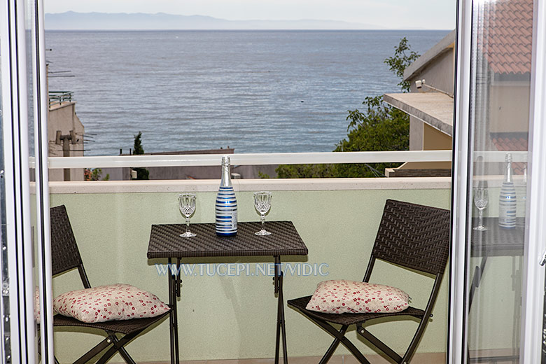 apartments Vidić, Tučepi - balcony with sea view