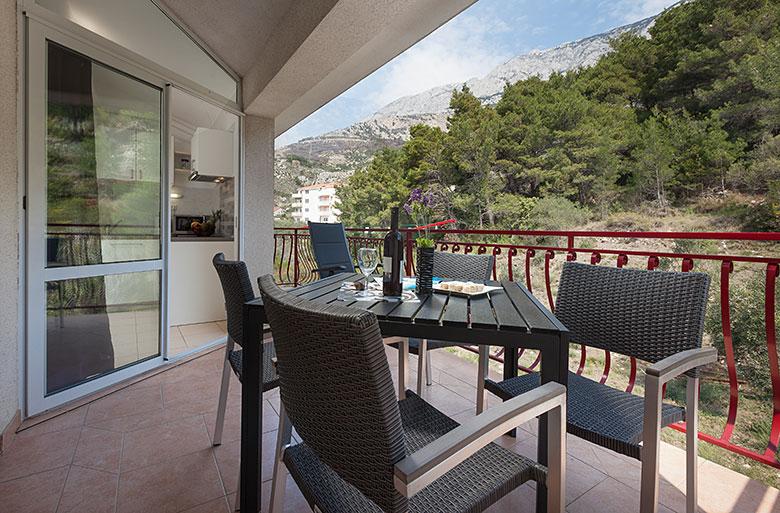veranda - Apartments Vila Nela, Tučepi
