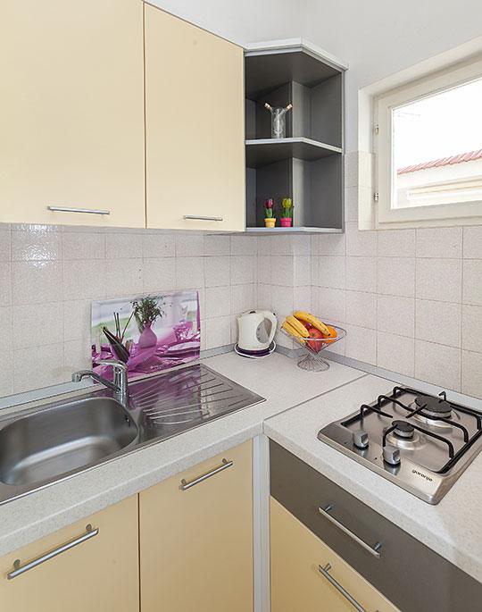 Apartments Vila Nela, Tučepi - kitchen