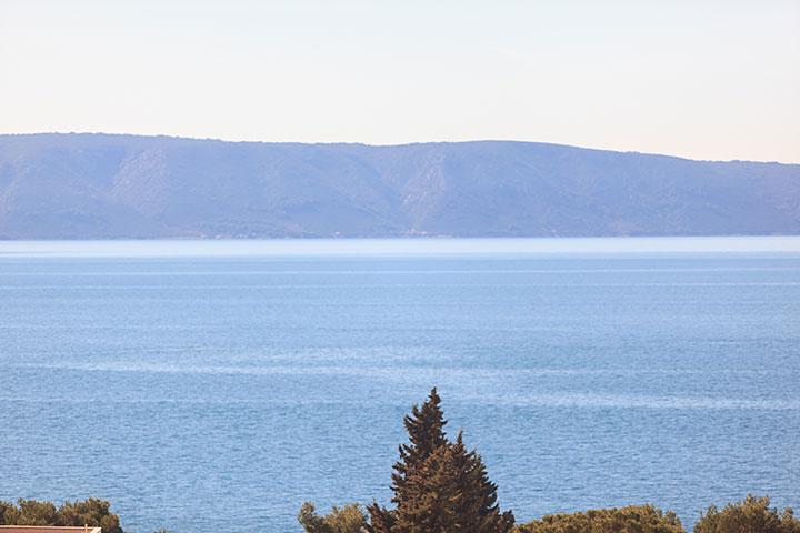 sea and islands view from balcony, Apartments Vila Nela, Tučepi