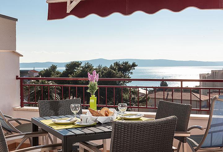 Villa Nela, Tučepi apartments - sea view from terrace