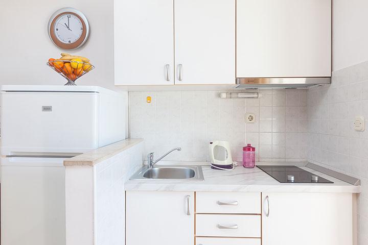 Villa Nela, Tučepi apartments - kitchen